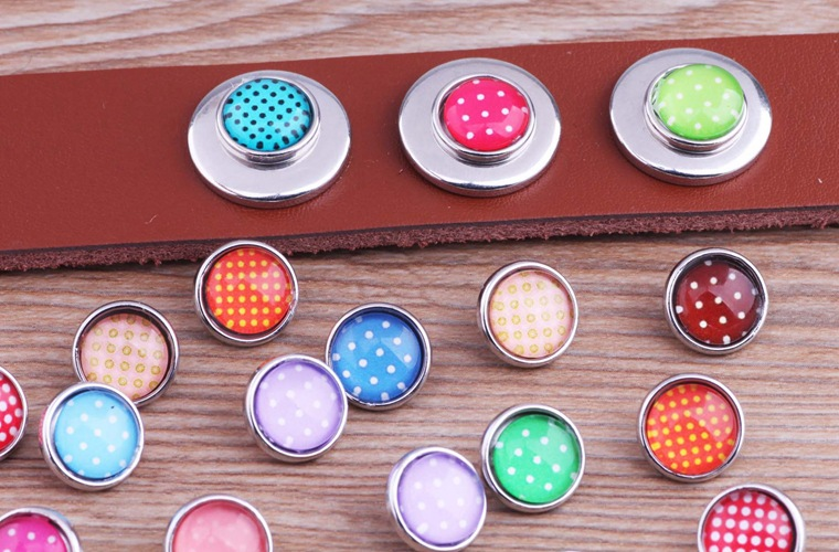 PAPAPRESS 10pcs/lot Mixed Colors Dots 12mm Snaps Buttons Snap Jewelry Choker Watch Fit Bracelet Button Snaps Jewelry M045